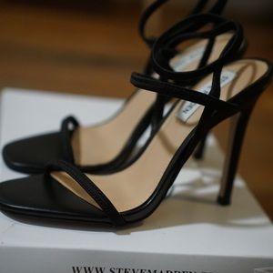 NEW Steve Madden Black Stiletto Sandals